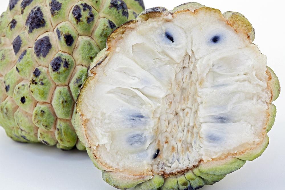benefícios da fruta do conde